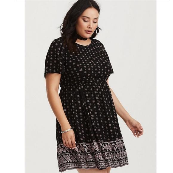 b4f37ef5db600 Torrid Black Border Print Gauze Babydoll Dress NWT